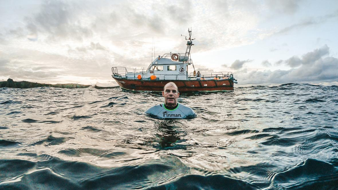 https://www.irishtimes.com/news/ireland/irish-news/man-attempting-to-swim-around-ireland-from-donegal-reaches-down-1.4384004